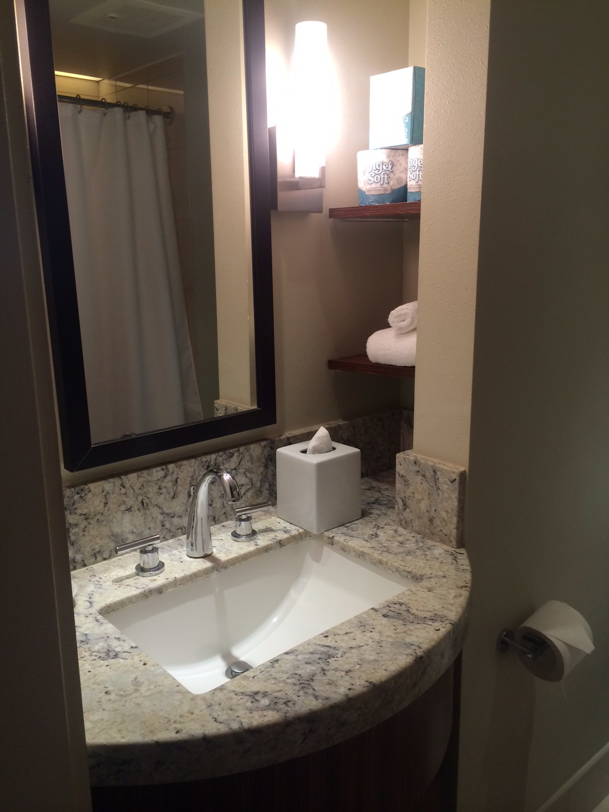 The Vanity in the Deluxe Studio