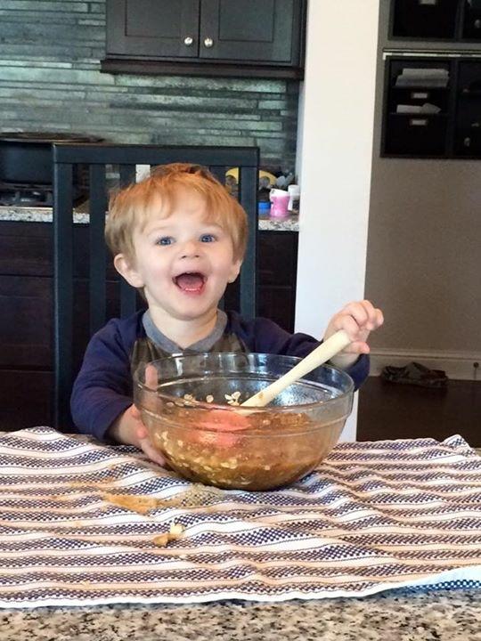 Mommy's little baker.