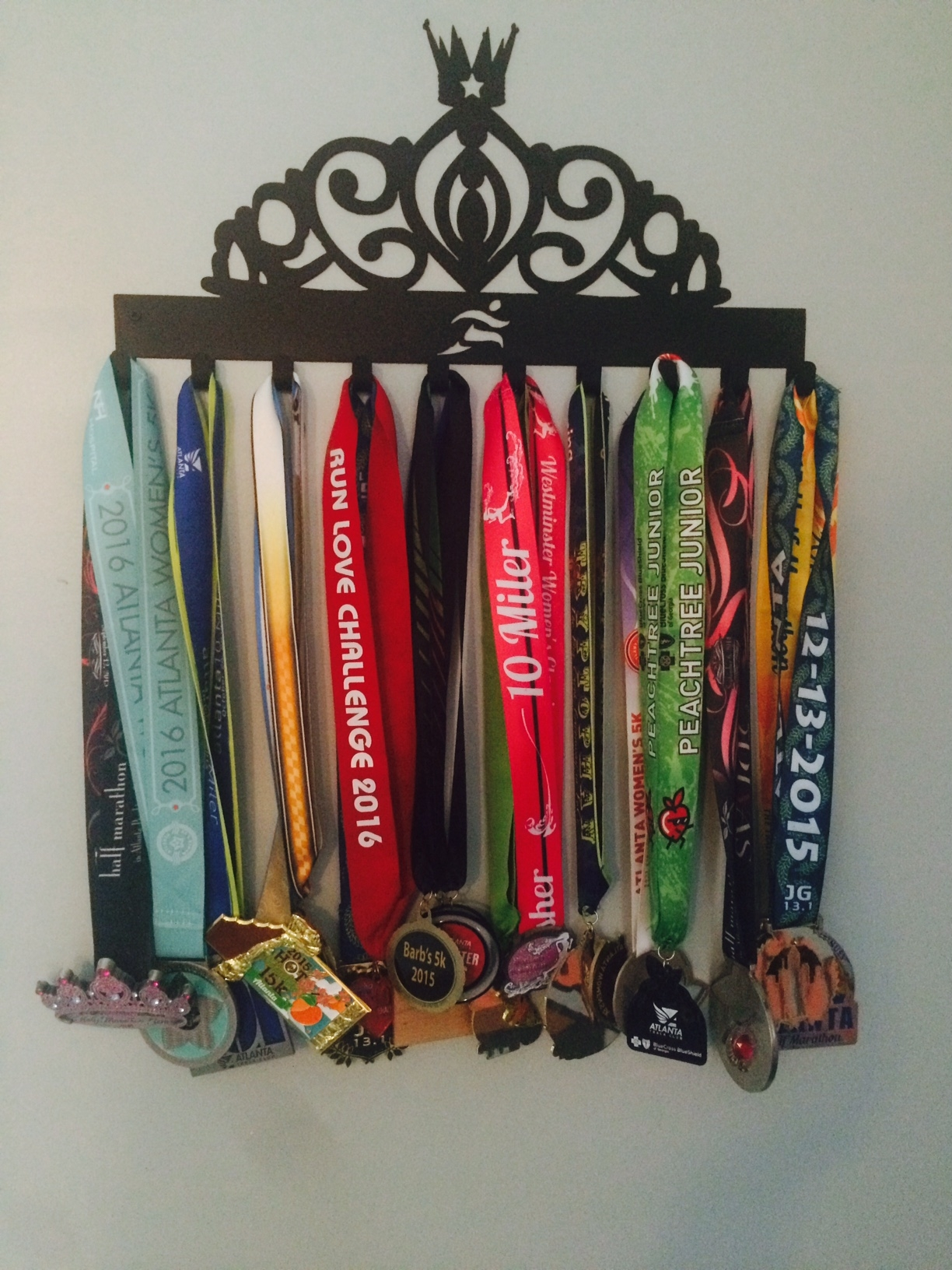 How to display race medals