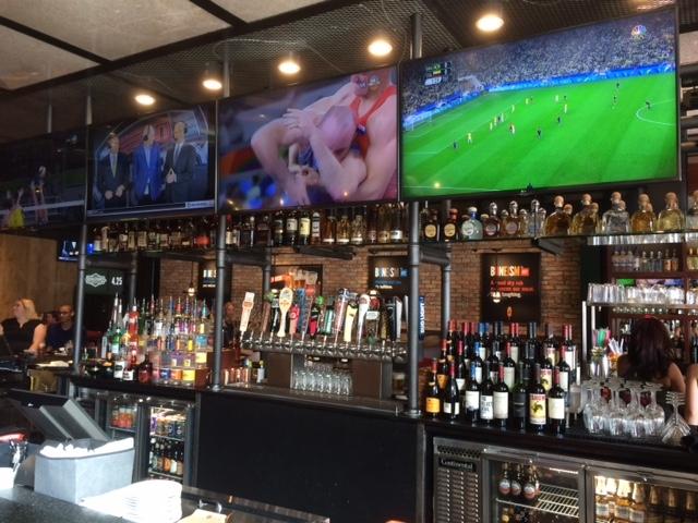 Smokey Bones Bar & Fire Grill Mall of Georgia