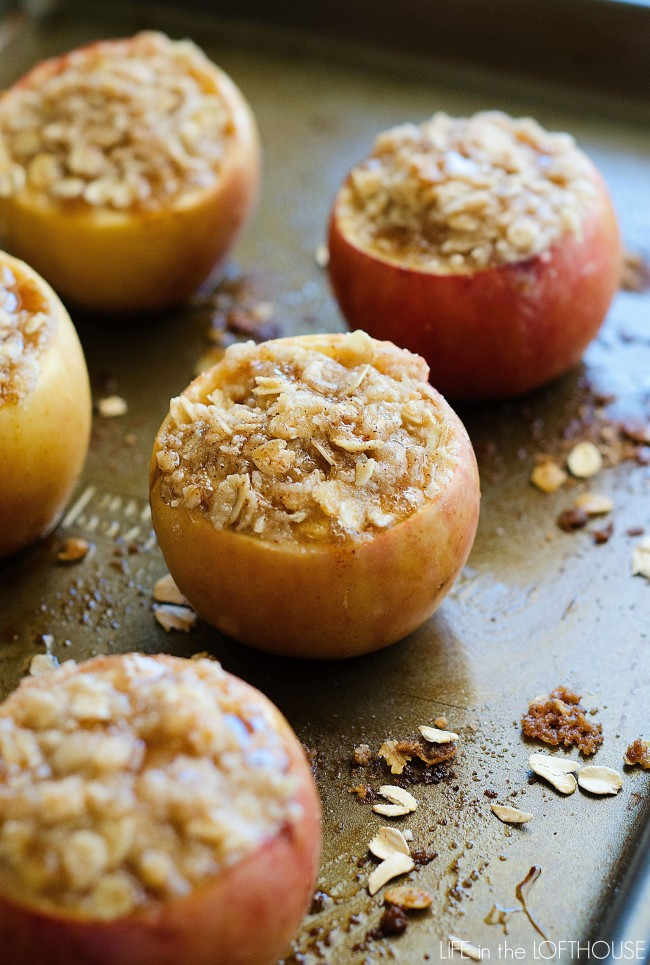 Apple recipes for Fall, Apple Crisp Stuffed Apples, stuffed apple recipe, autumn recipes, apples