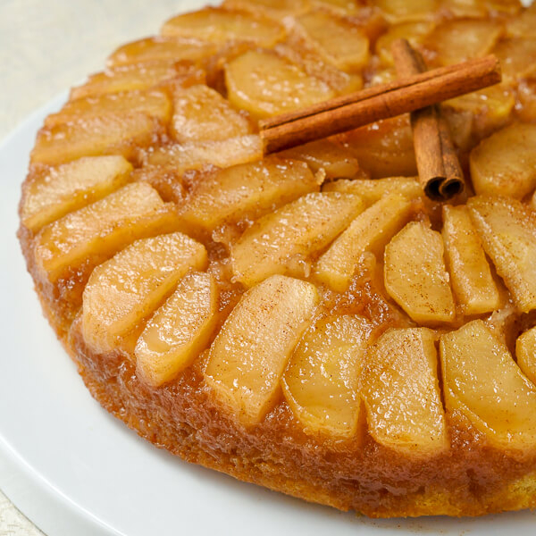 apple recipes for fall, apple upside down cake, baked apple cake, apples, apple cake
