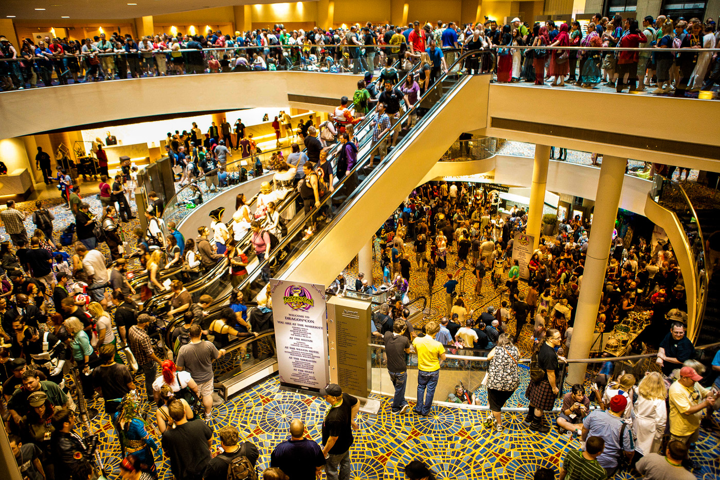 Kids to Dragon Con, Tips for taking kids to dragon con, family friendly dragon con, dragon con 2017
