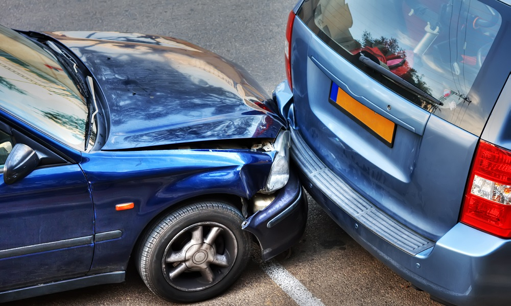 Car Accident, Family Travel Tips, Steps to Take in a car accident, hiring a lawyer for a car accident