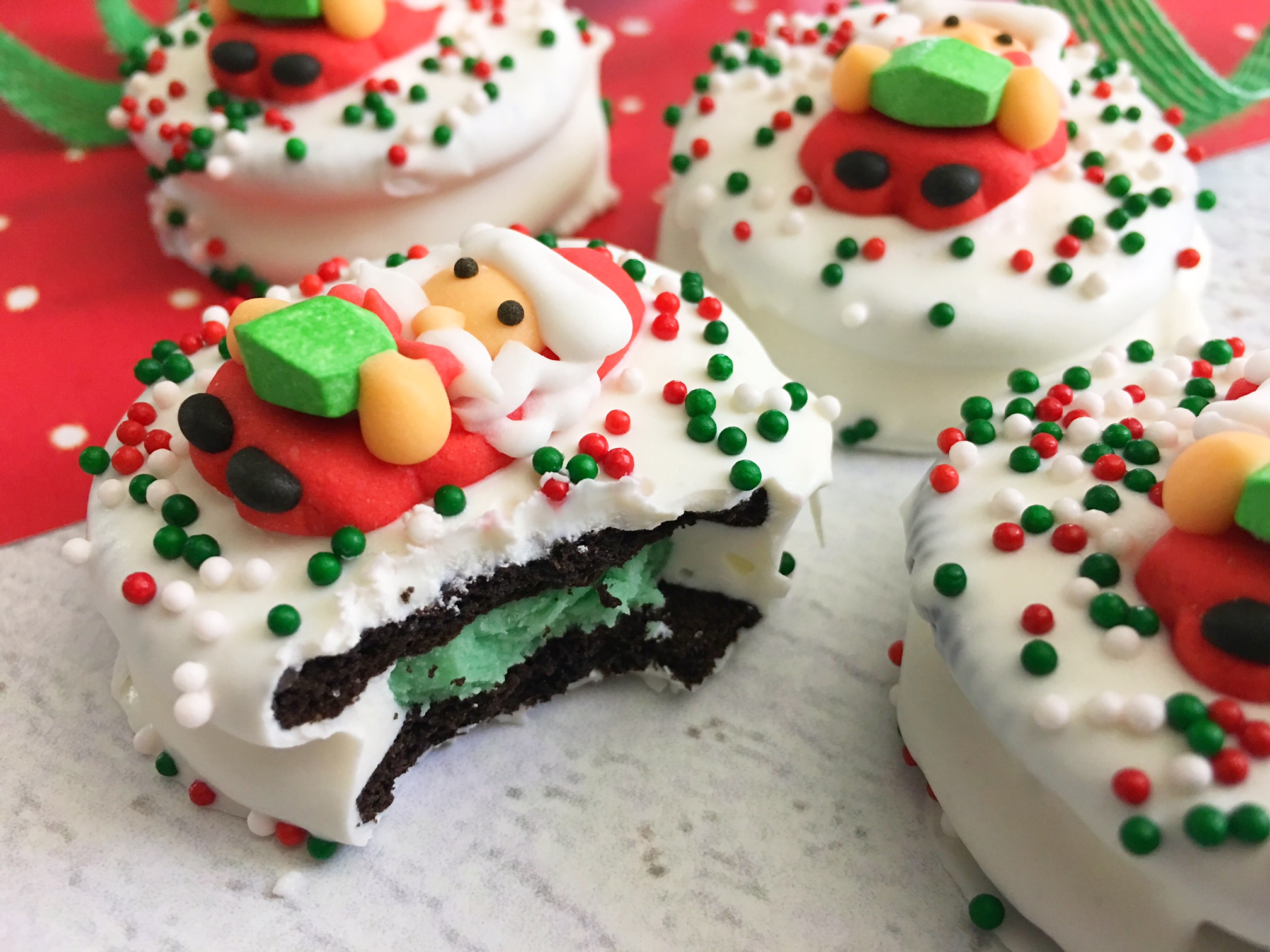 Oreo Christmas Cookies, Holiday Cookies, Santa Christmas Cookies, Dipped Oreo Cookies, Festive Christmas Cookies, Holiday Baking