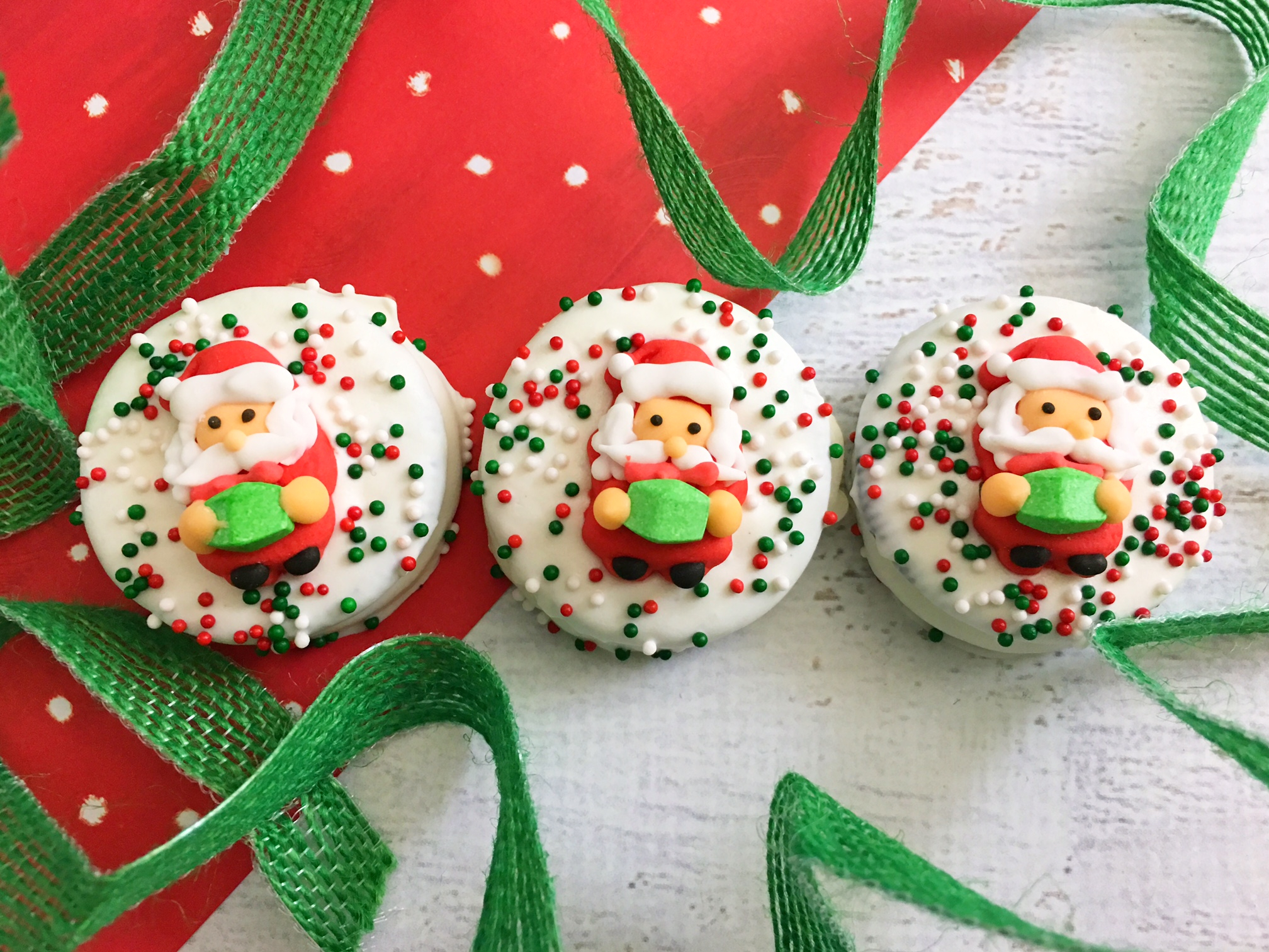 Oreo Christmas Cookies, Holiday Cookies, Santa Christmas Cookies, Dipped Oreo Cookies, Festive Christmas Cookies, Holiday Baking