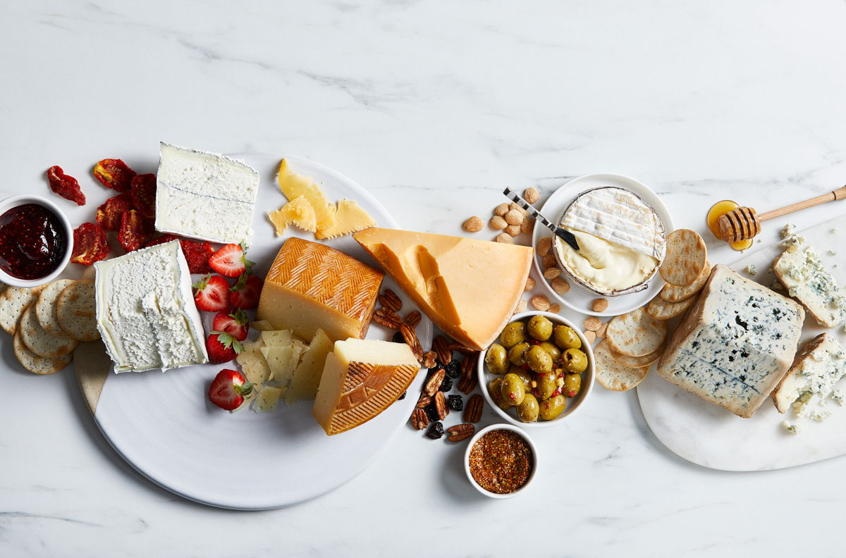 Fresh Market Holiday Offerings, The Fresh Market Christmas Menu, The Fresh Market Holiday Guide, Gourmet Cheese