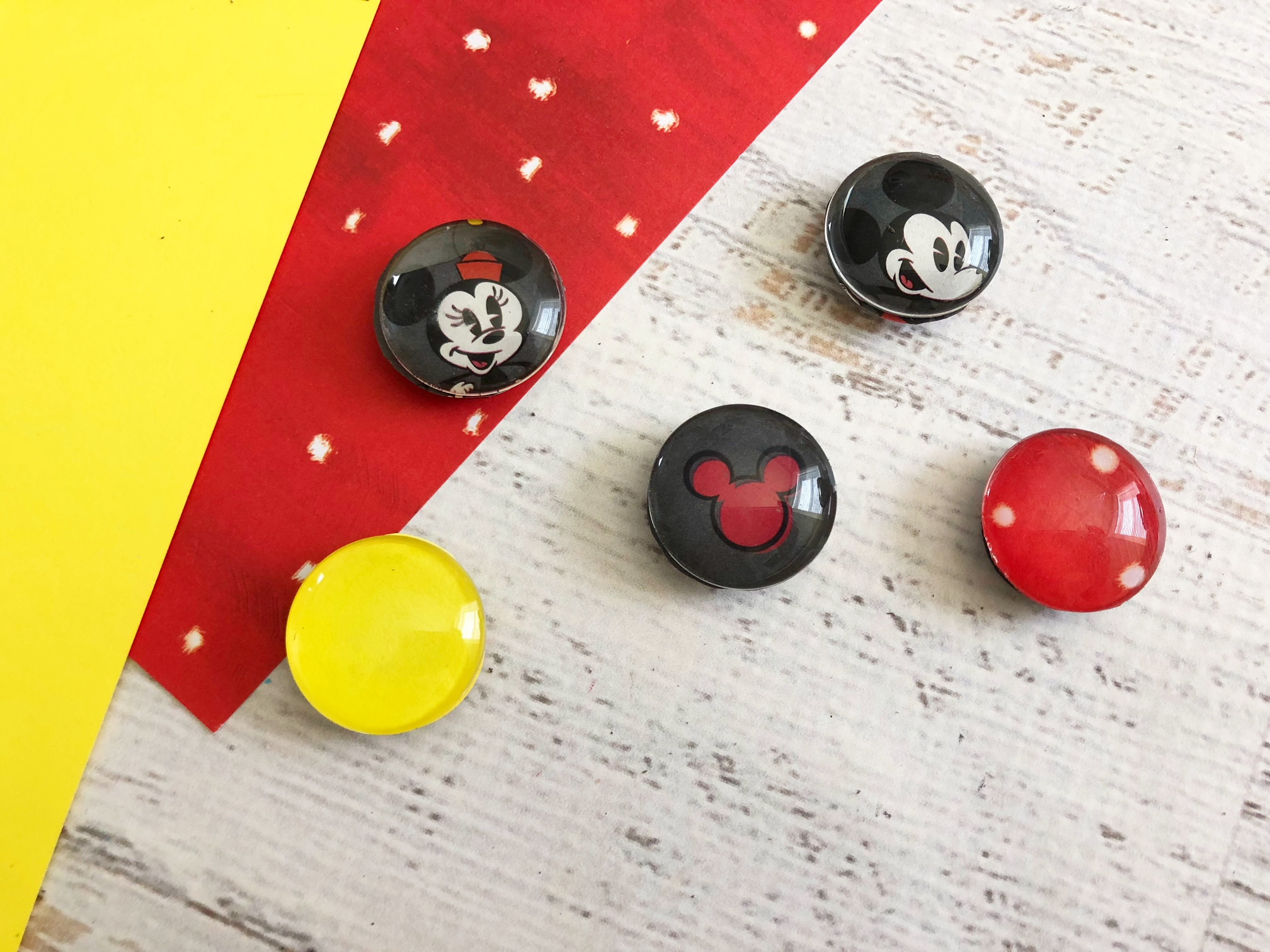 Mickey Fridge Magnets, Disney Fridge Magnets, Disney Crafts, Mickey Kids Crafts
